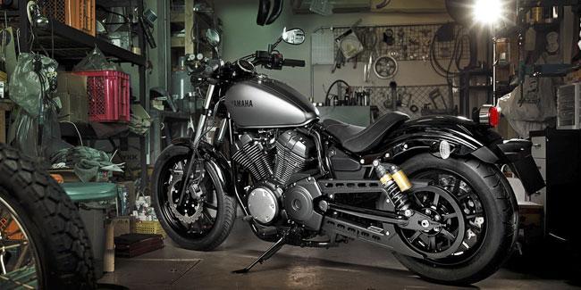 2014-Yamaha-XV950R-EU-Matt-Grey-Static-004