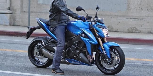 2015-Suzuki-GSX-S1000