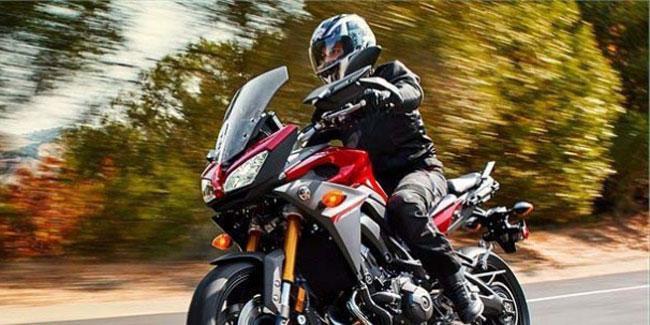 2015-Yamaha-MT09X-01