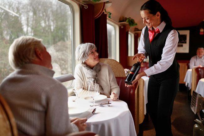 Speisewagen im Urlaubs-Express