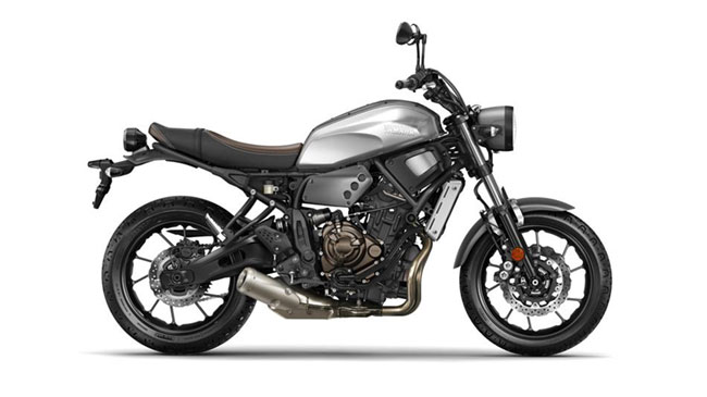Yamaha XSR700 side